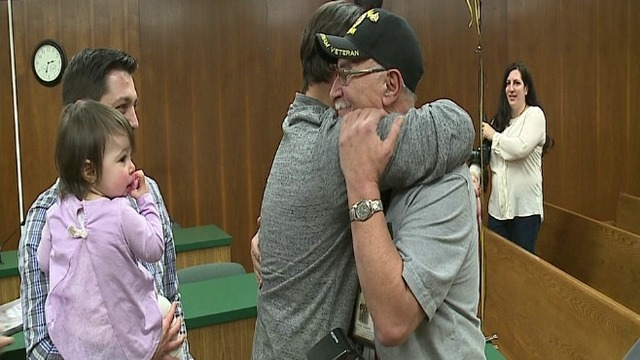Hometown Hero: Struthers photographer honored by community