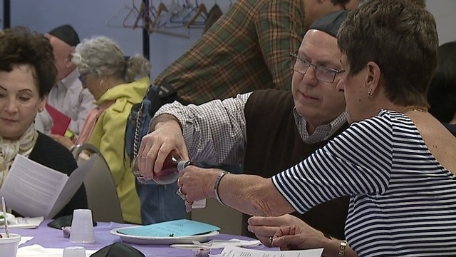 Youngstown church commemorates Holy Thursday with traditional meal