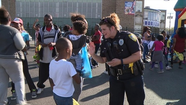Kids mingle with officers at 7th annual block party in Youngstown